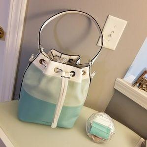 Designer Michael Kors Summer Bucket Bag